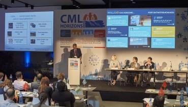 Conference_CMLHZ15-800